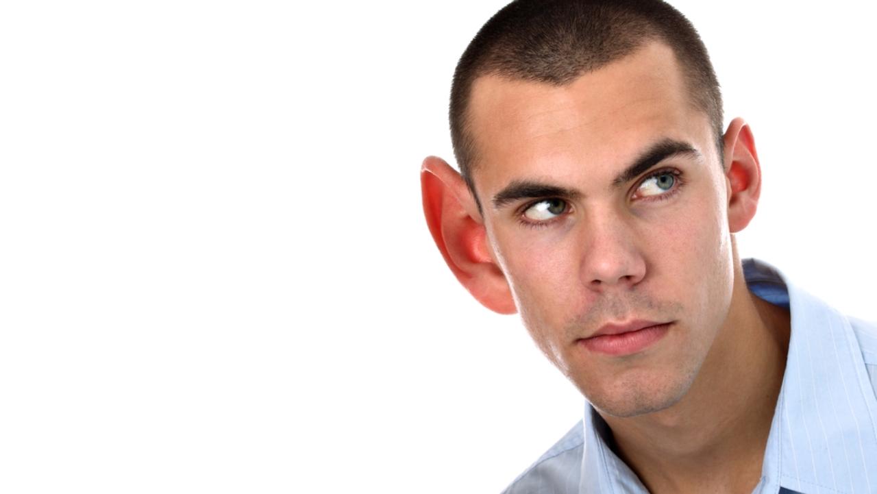 подборки смешных картинки с большим ухом у человека зелёными нитями буду