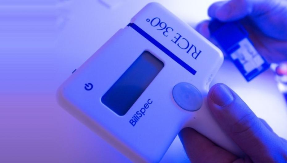Дешевое устройство для диагностики желтухи у детей