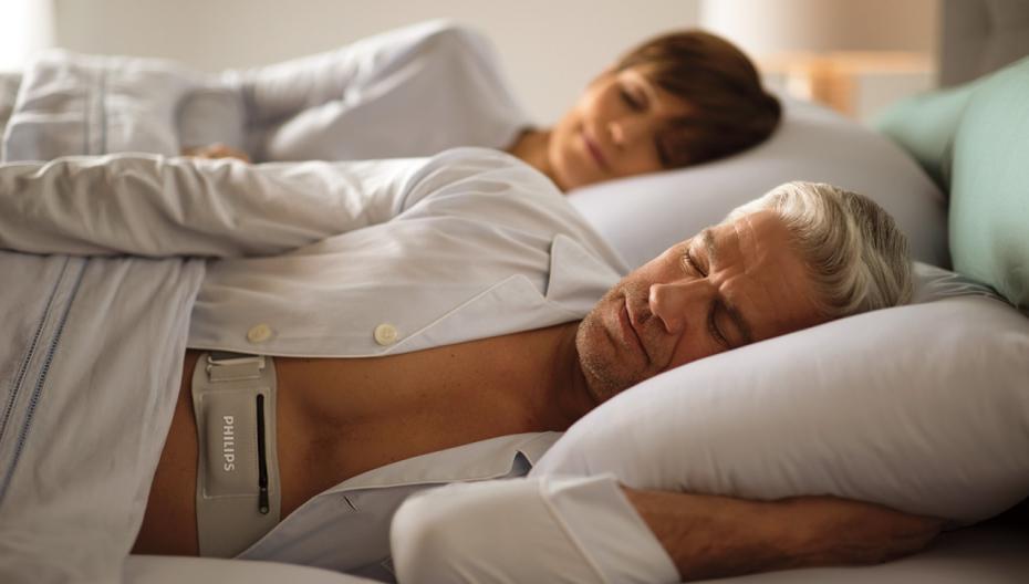 Philips выпустил новое носимое устройство для контроля апноэ сна