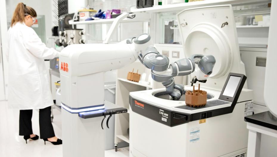 ABB разрабатывает лабораторного робота