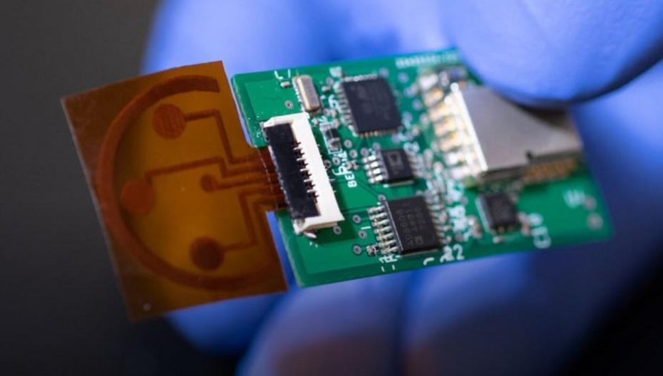 Неинвазивный детектор кортизола для мониторинга психического состояния