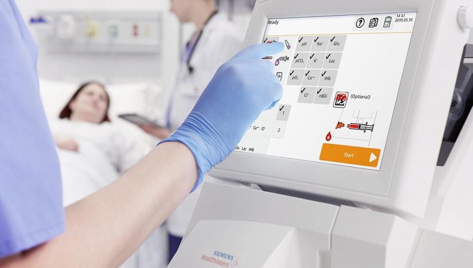 Анализатор газов в крови RAPIDPoint 500e для помощи пациентам под ИВЛ