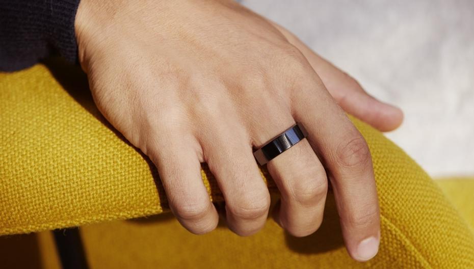 """""""Умное"""" кольцо помогает предсказать появление симптомов COVID-19"""