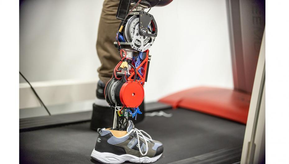 Космические технологии для более удобных и эффективных протезов ног