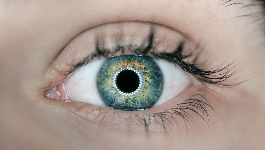 """В Бельгии тестируются """"умные"""" контактные линзы нового типа"""