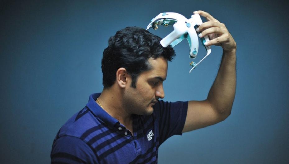 Система для одновременной реабилитации мозга и мышц после инсульта