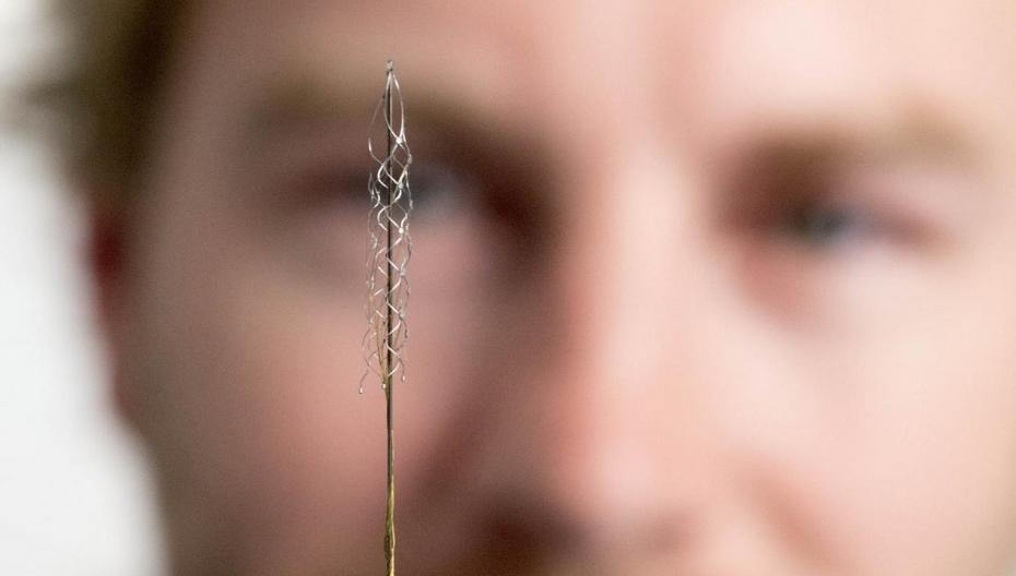 Имплантат, который дает надежду парализованным людям