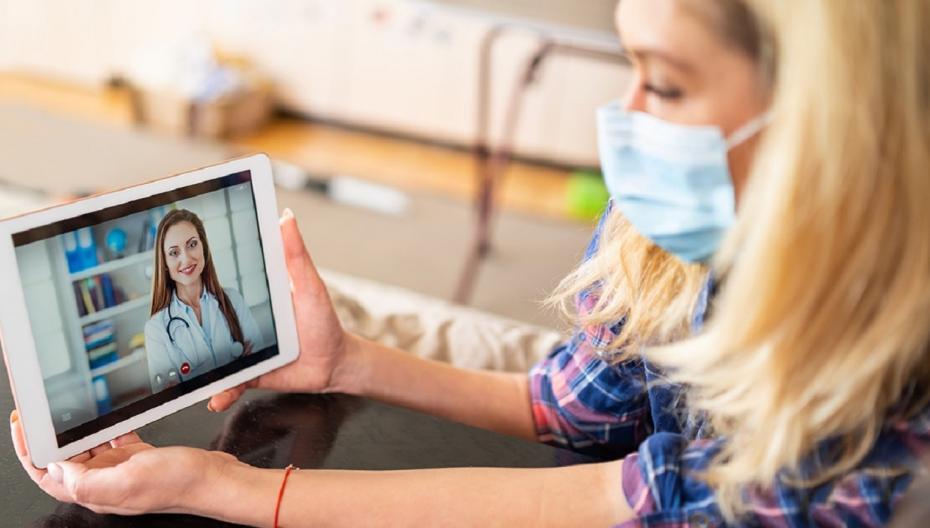 Удовлетворенность телемедициной в США во время пандемии растет, но проблемы с доступом сохраняются