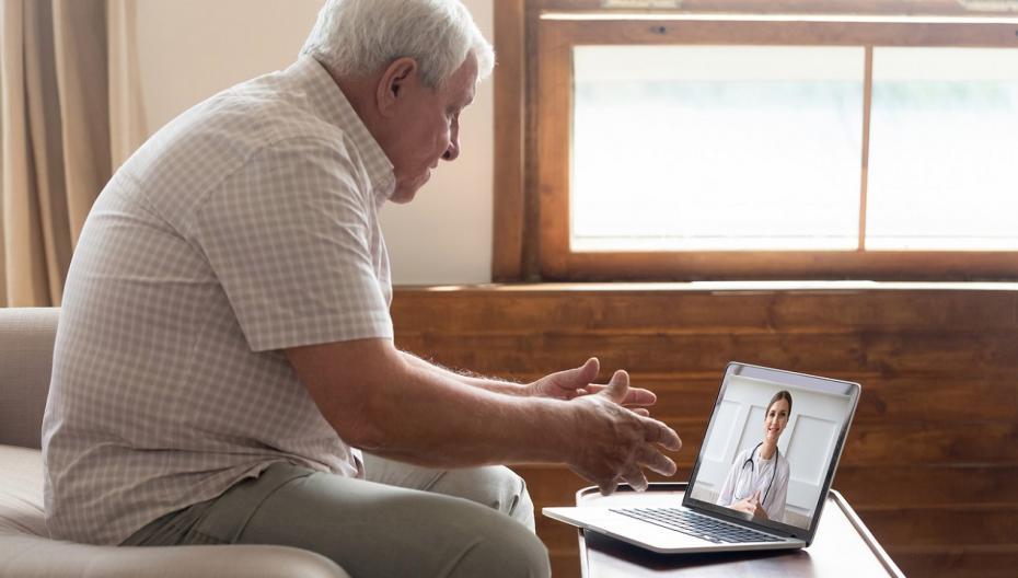 50% пожилых пациентов предпочитают использовать цифровые средства вместо очных консультаций с врачом