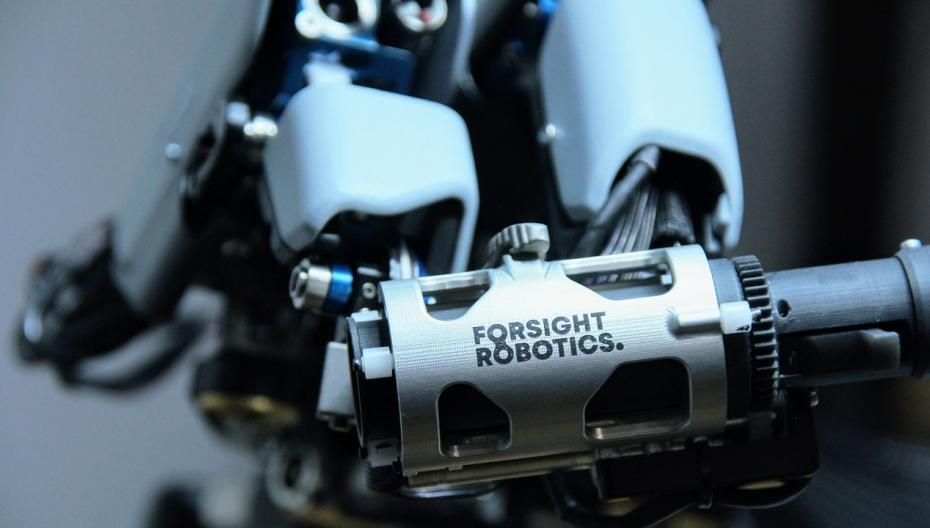 Роботизированная система для офтальмологических операций от ForSight Robotics