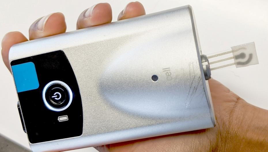 Новое устройство может измерять уровень сахара в поту на кончике пальца