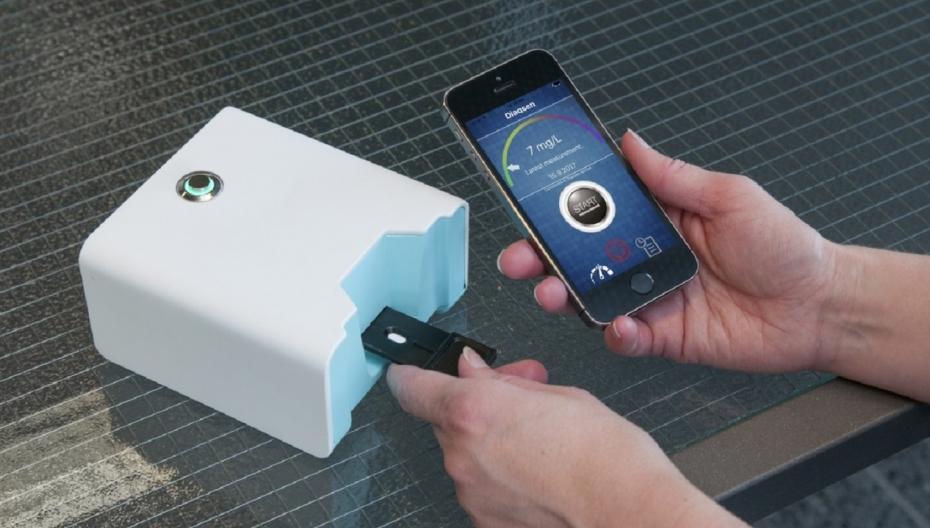Портативное домашнее устройство для измерения уровня воспаления