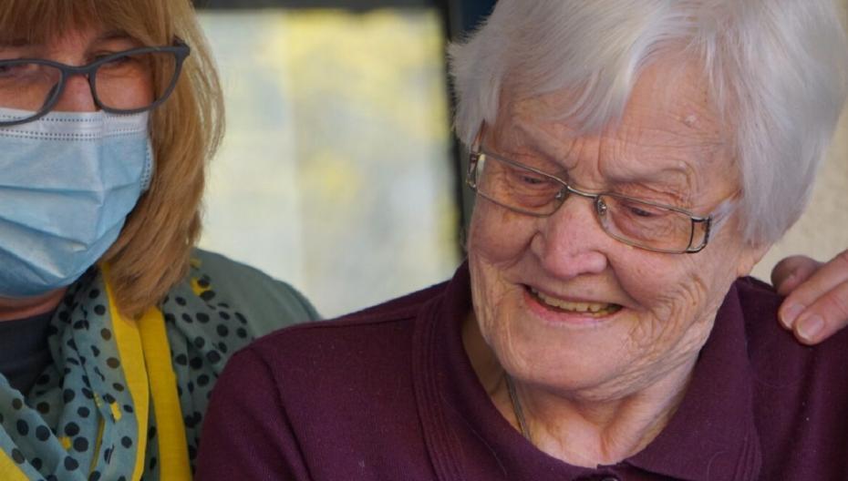 Незаметный анализатор голоса, который призван заботиться о наших пожилых родственниках