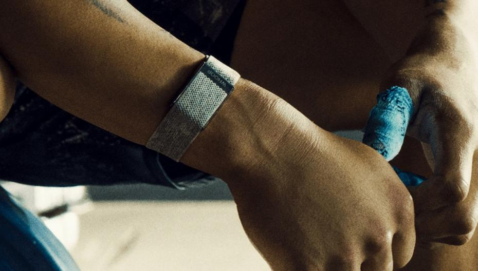 В браслете WHOOP появились новые сенсоры контроля здоровья