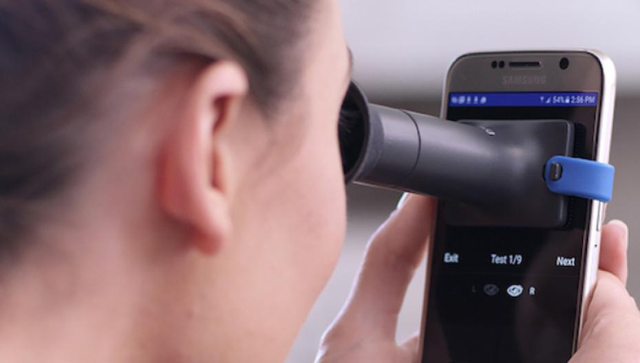 EyeQue расширяет возможности домашней системы для мониторинга зрения
