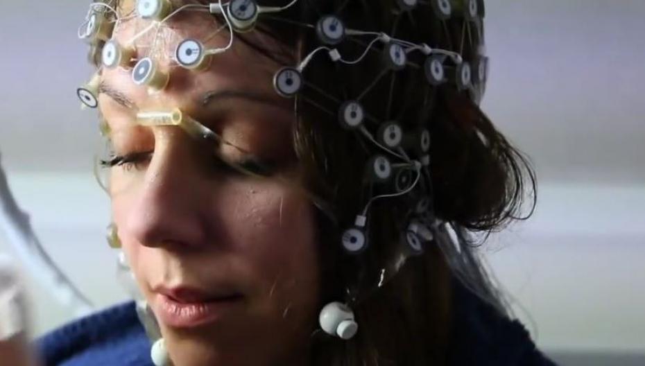 Компьютер читает ваш мозг и узнает ваши привычки