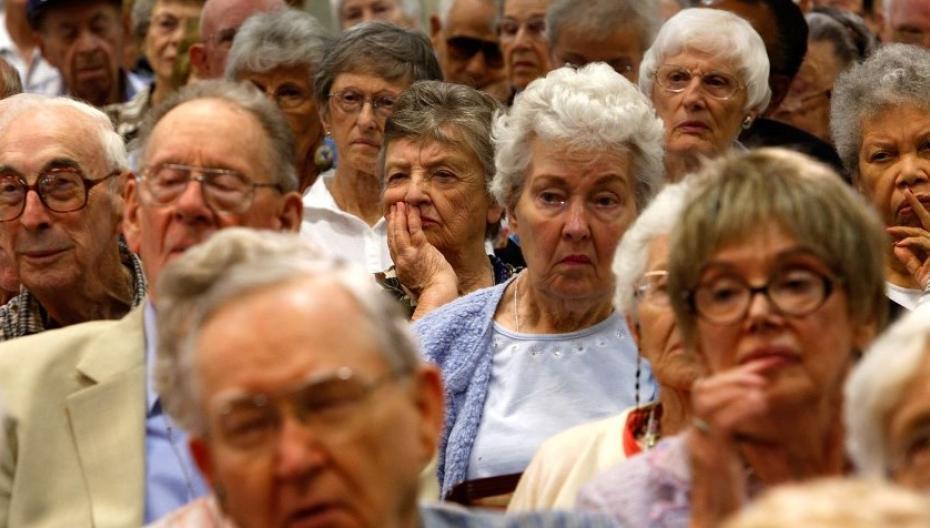 Пожилые потребители покупают цифровые устройства в основном из любопытства