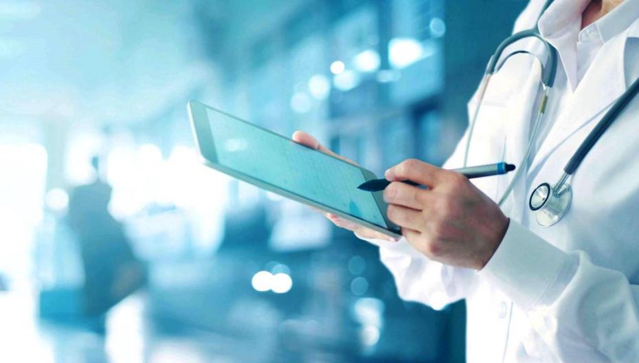Первое, что надо сделать - создать единый каталог врачей