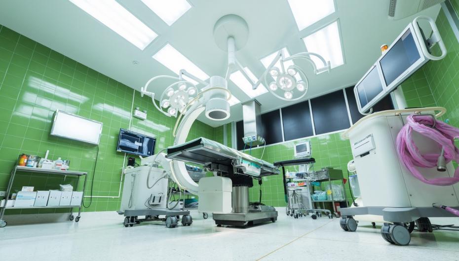 Универсальный хирургический комплекс для хирургии позвоночника от NuVasive