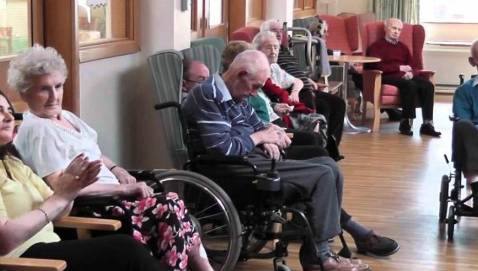 Телемедицина в домах престарелых: полезна, но не используется