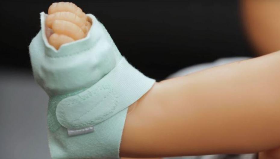 Owlet выпустила новую версию своего умного носка для малышей