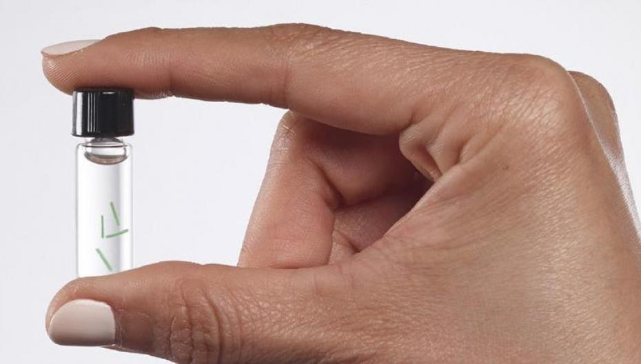 Микросенсоры под кожей контролируют здоровье