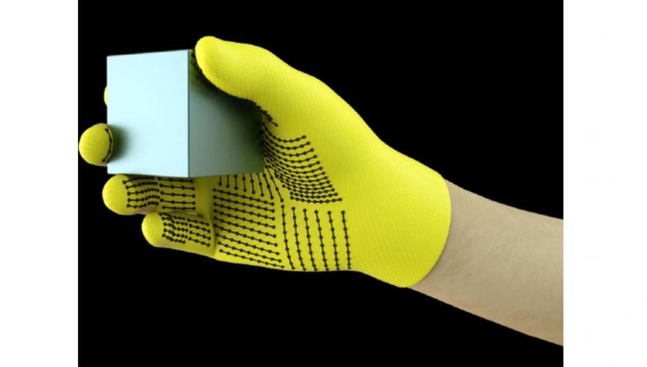 «Умная» перчатка для протеза