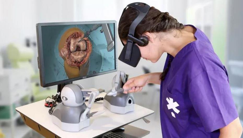 VR-устройство с тактильной обратной связью помогает обучаться хирургии