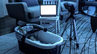 Бесконтактный монитор для контроля дыхания новорожденного