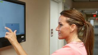 Сенсоры в помощь службе по уходу за пожилыми пациентами