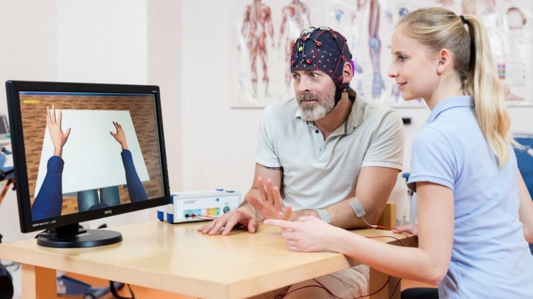 7 цифровых систем для реабилитации после инсульта