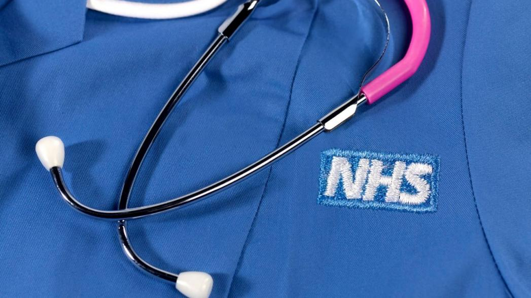 Почему буксует процесс цифровизации здравоохранения в Великобритании?