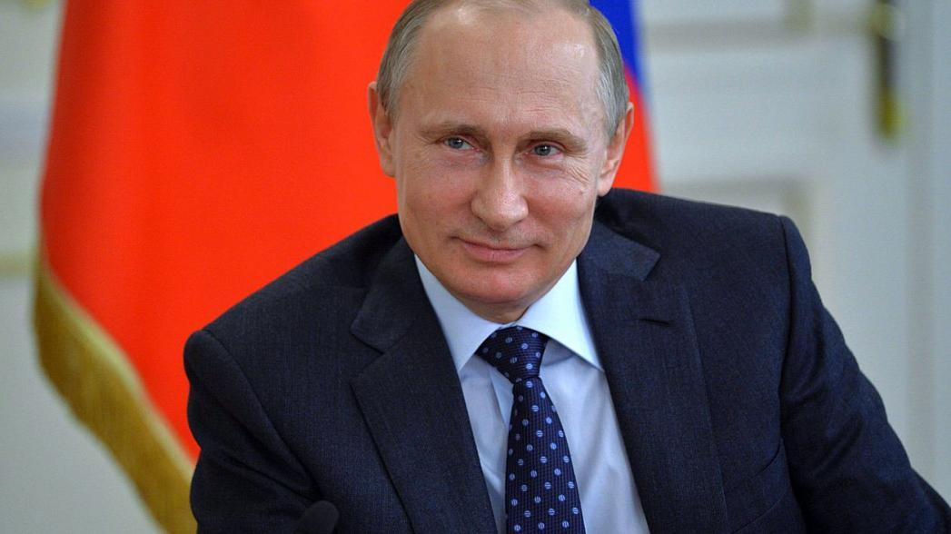 В.В. Путин поручил ответственным лицам в кратчайшие сроки полностью перевести российское здравоохранение на цифровой документооборот