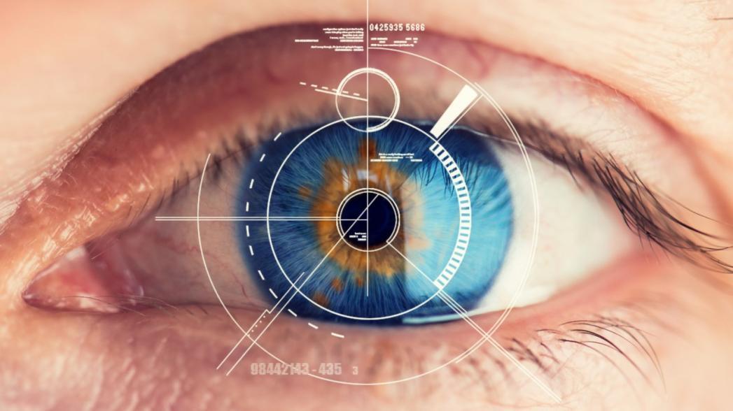 Фотонная контактная смарт-линза для контроля уровня сахара и лечения ретинопатии