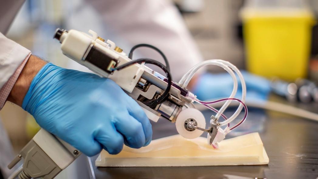 Ручной 3D-принтер как инструмент лечения обширных ожогов