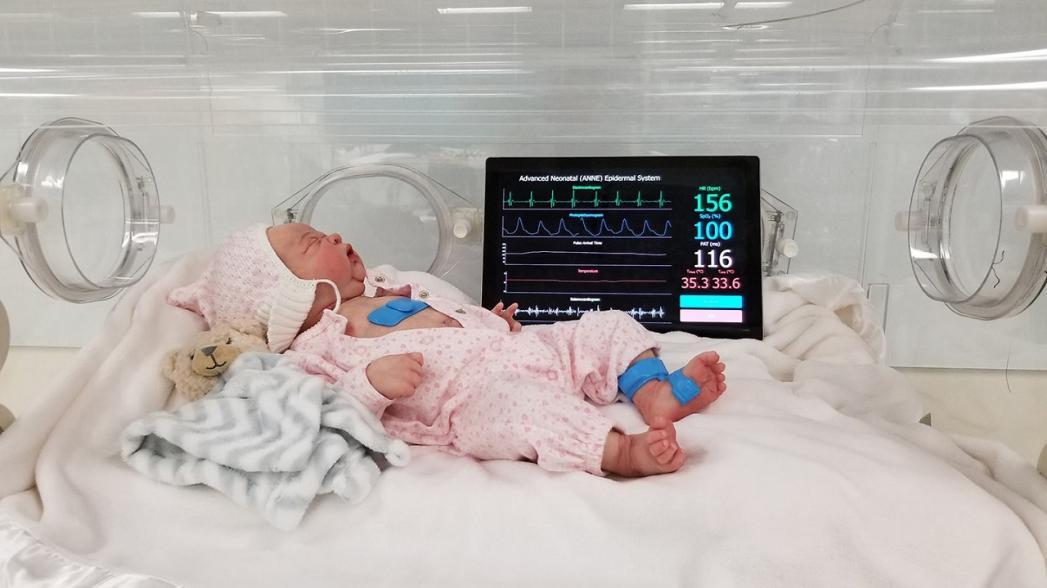 Беспроводные мониторы здоровья для контроля младенцев в отделении интенсивной терапии