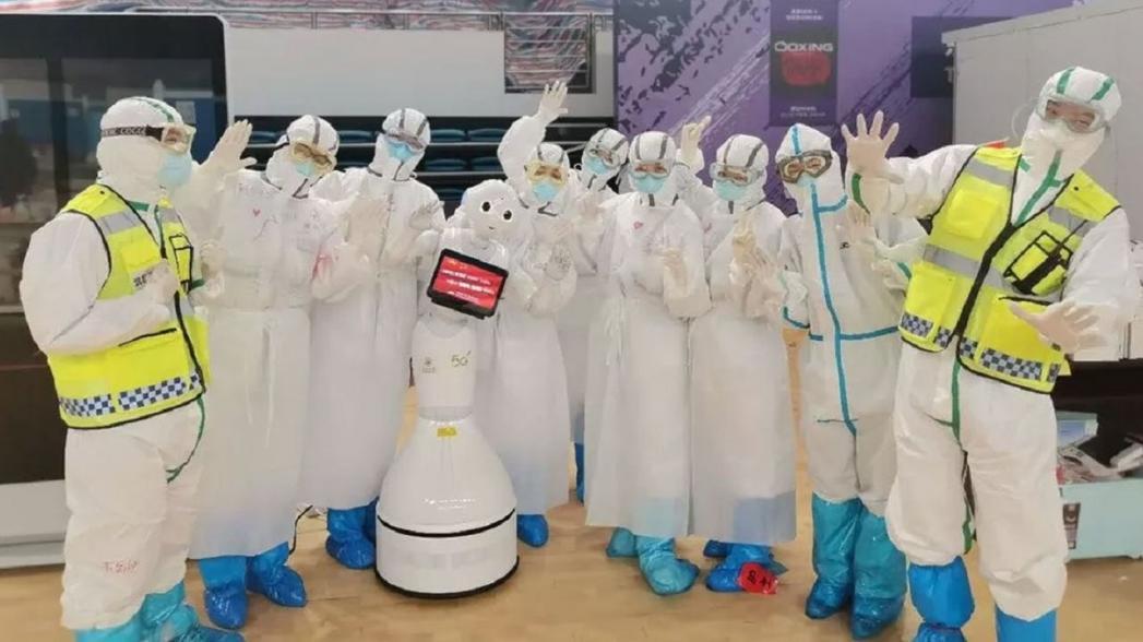 Применение роботов при коронавирусной эпидемии