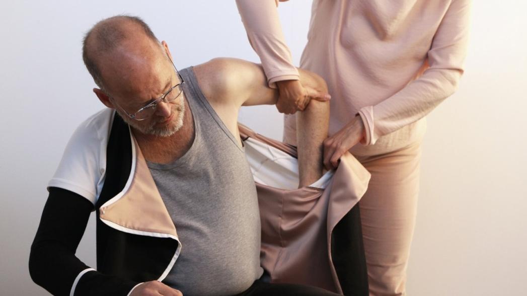 """""""Умная"""" рубашка для реабилитации пациентов после инсульта"""