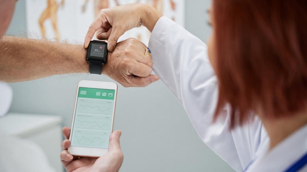Кто сегодня использует носимые медицинские устройства?