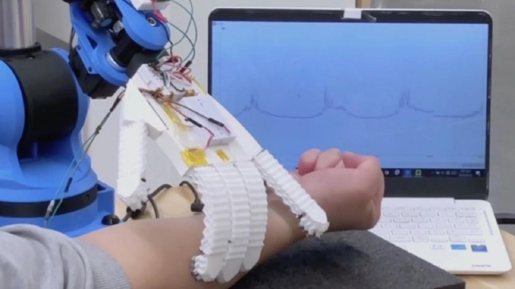 Роботы-помощники медсестры, позволяющий минимизировать контакты с инфицированным пациентом
