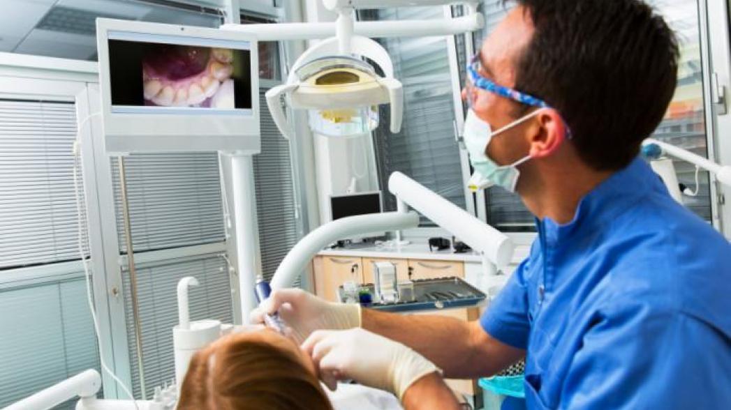 Зубы мудрости: как инновации облегчают жизнь стоматологическим пациентам