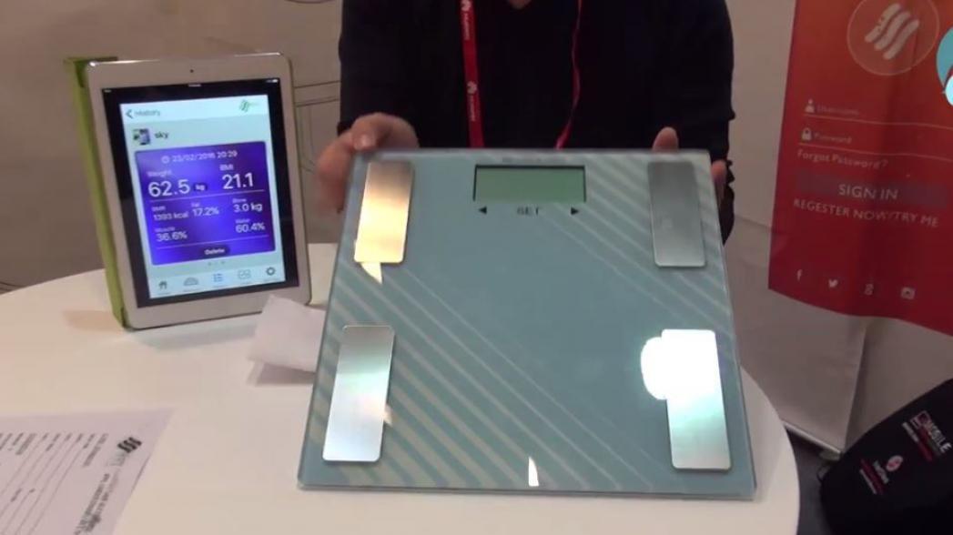Весы с анализатором состава тела от компании Joy Electronics Appliances. Evercare на Mobile World Congress 2016