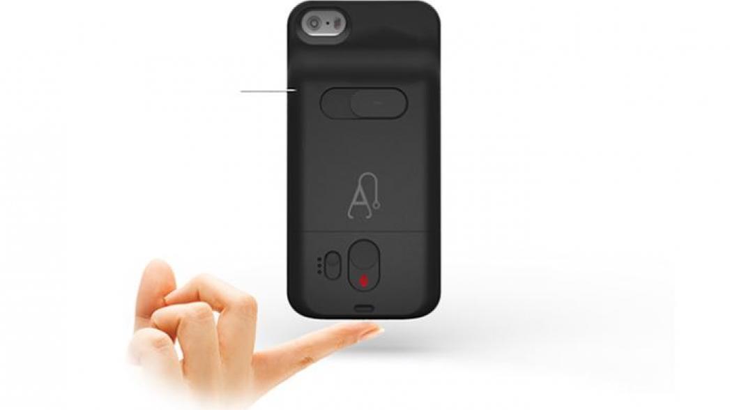 Глюкометр в виде кожуха смартфона