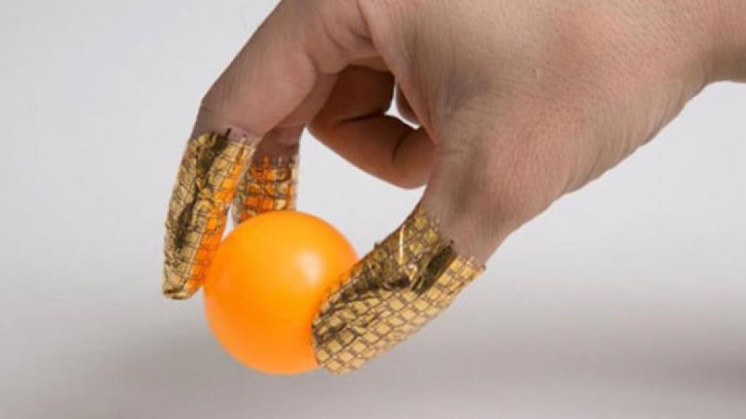 Перчатки, которые могут диагностировать рак груди