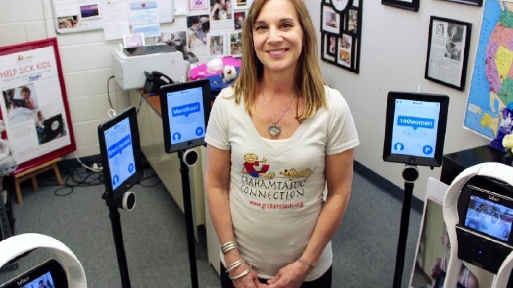 Робот, который учится в школе вместо больного ребенка