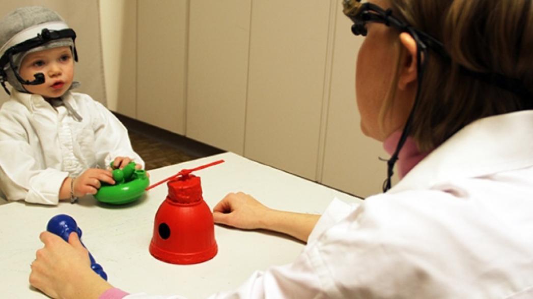 Система, позволяющая контролировать процесс обучения детей с кохлеарным имплантатом