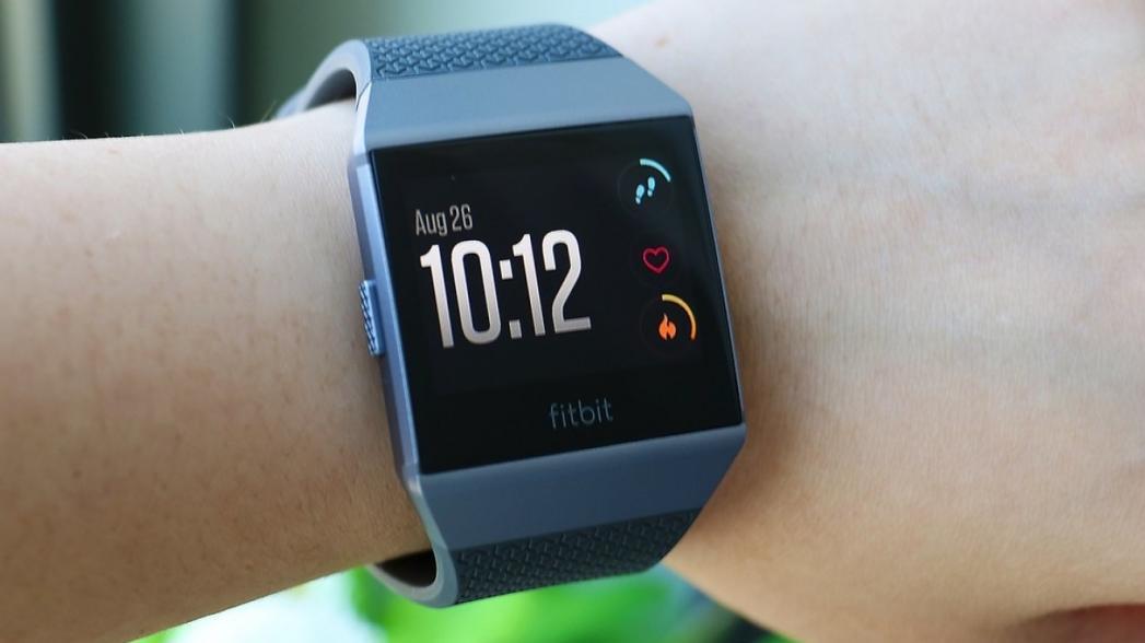 Fitbit может добавить монитор уровня сахара в свое устройство