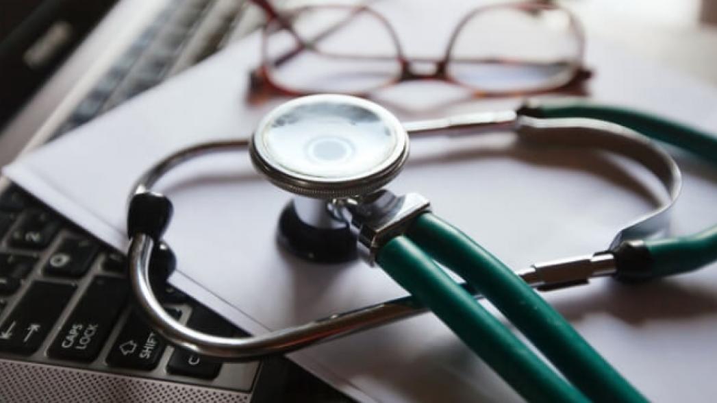 Пациенты предпочитают врача без компьютера