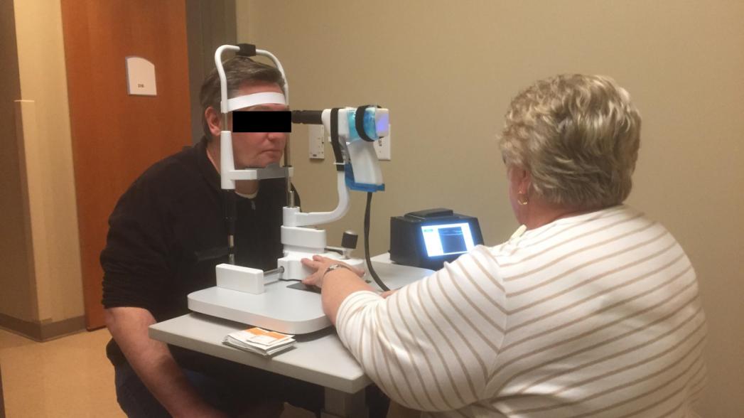 Дешевое портативное устройство для сканирования сетчатки глаза