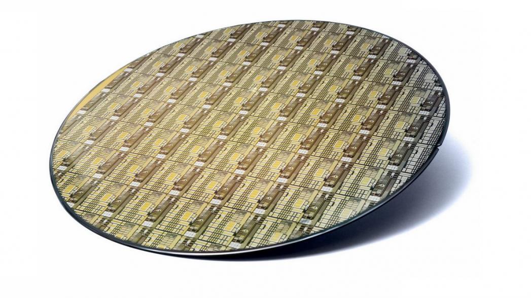 Новый интегрированный микрочип для носимых устройств